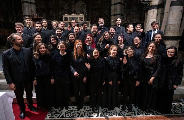 Coro-Cattedrale-Miv-18-19_Foto-Roberto-Testi-8